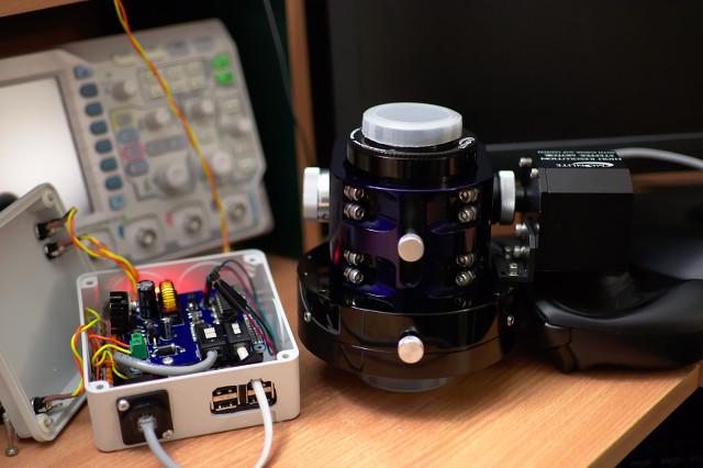 MUP Astro Hat controller a Moonlite focuser